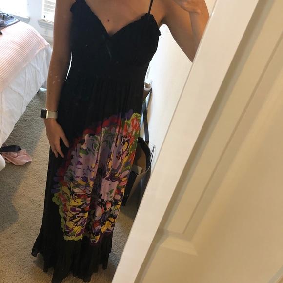 Kensie Dresses & Skirts - Kenzie black/floral maxi dress. Size small.